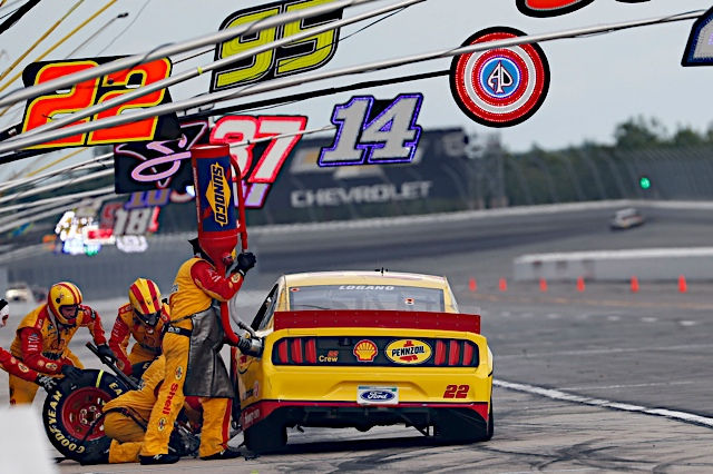 June 27  , 2020: #22: Joey Logano, Team Penske, Ford Mustang Shell Pennzoilduring the Pocono Organics at the Pocono Raceway  in Pocono Raceway  , PA .  .   .  (HHP/Andrew Coppley)